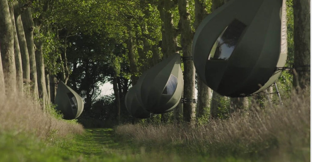 Dre Wapenaar of the Netherlands designed these tree tents. Rockabye baby!