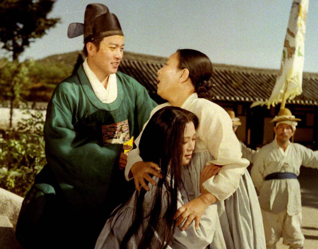 A scene from The Tale of Chun Hyang. The popular Korean folk tale has been told in films and on television many, many times. The Festival du nouveau cinema in Montreal is showing a verion made in North Korea in 1980.